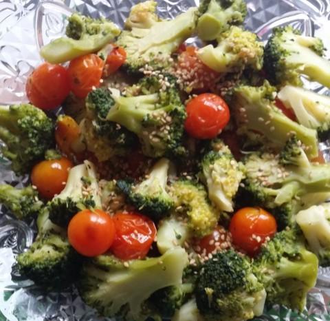 Brocolli & Tomato Salad