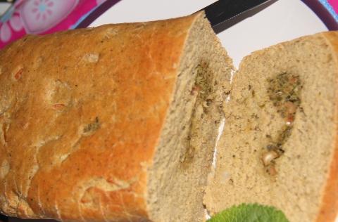 Bread basil