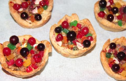 Paratha nutty frutti cups