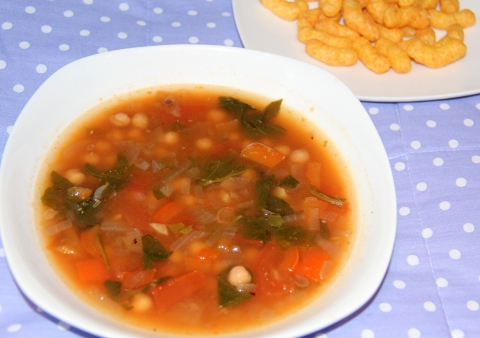 Chickpeas and Spinach Soup