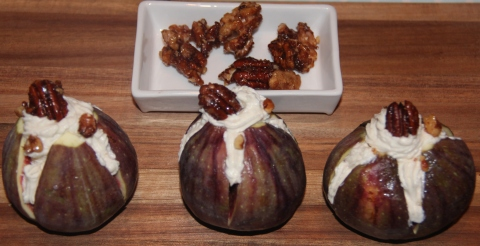 Figs with hung curd new