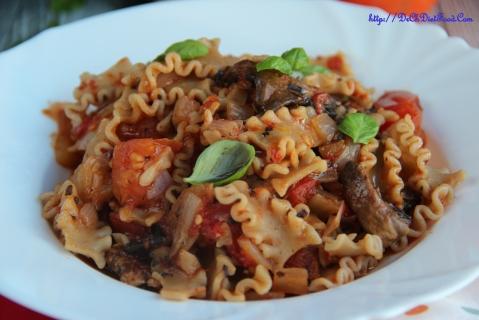 Pasta - tomato mushroom4