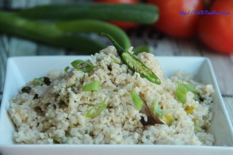 Spring onion rice1